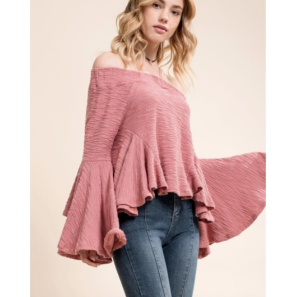 NWT Moon River Off Shoulder Bell Sleeve Top Size S